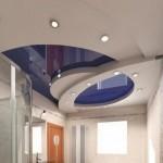 Многоуровневый глянцевый потолок