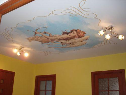 Ангел на натяжном потолке
